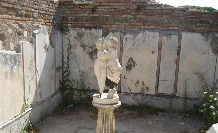 Ostia-antica-Cupido-ve-Psykhe-evi