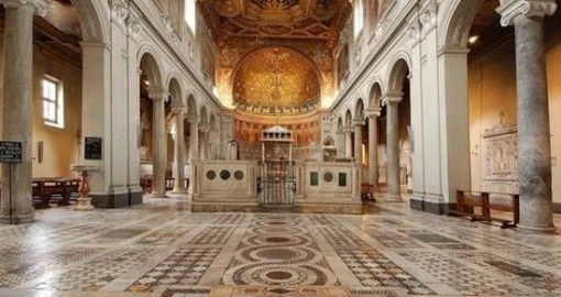 san-clemente-bazilikasi-ici